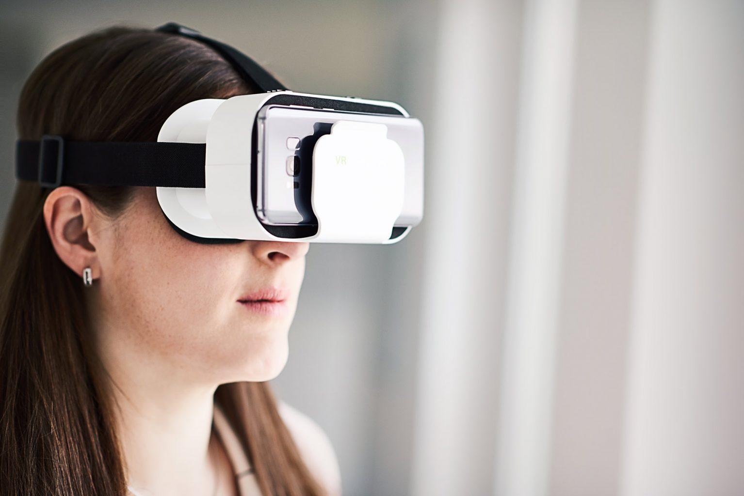 Daniela-Ristock_VR-Brille_web