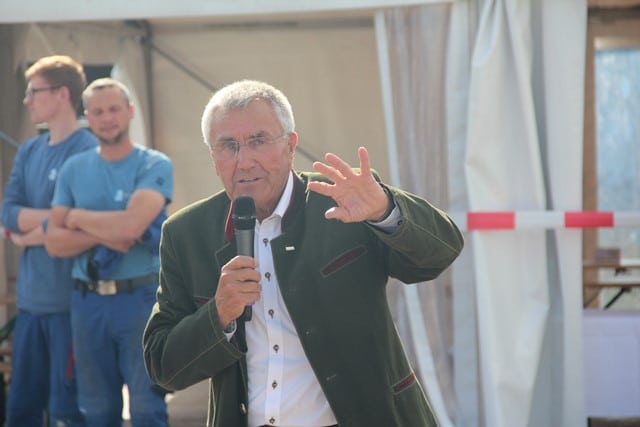 Xaver Haas, Chef von Haas Fertigbau und Bauherr von Zum Glück Bötzow