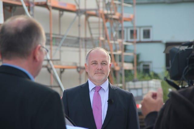 Jürn Jakob Schultze-Berndt, MdA CDU, beim Baufest von Zum Glück Bötzow, 2.9.2021