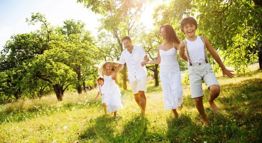 Familie in Natur